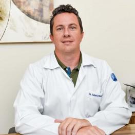 Dr. Rafael Benavides