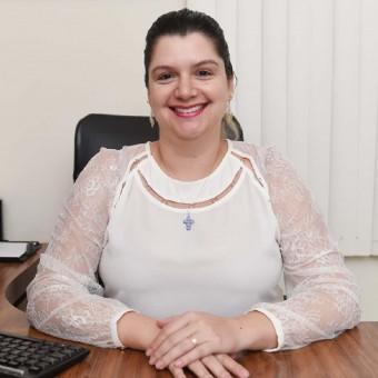 Dra. Carolina Thame do Amaral